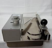 Brötchenschneidegerät